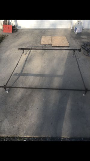 Adjustable metal bed frame for Sale in Woodstock, VA