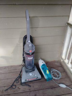 Hoover bagless vacuum+dirt devil spot cleaner for Sale in College Park, GA