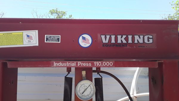 VIKING PRESS