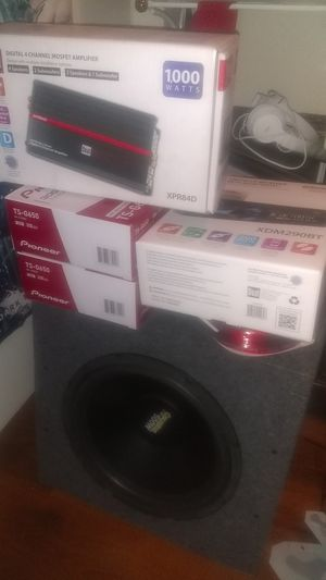 Subwoofer amps speakers and radio for Sale in Palo Alto, CA