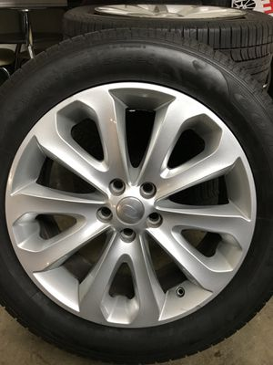 Land Rover Range Rover Wheels/ Rims with Tires for Sale in Miami, FL