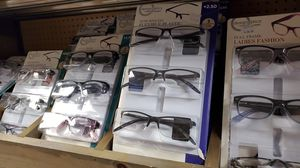 Reading glasses 10ea for Sale in Bakersfield, CA