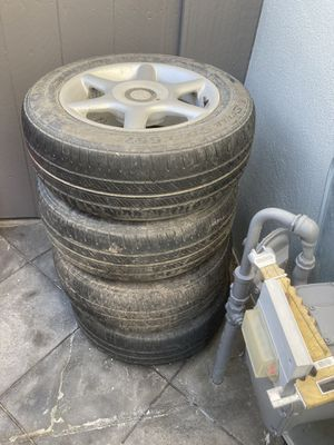Avalon wheels and tires for Sale in Hayward, CA