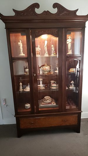 Antique China Cabinet for Sale in Riverside, CA