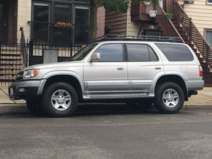 2000 Toyota 4Runner Limited Frame is Perfect for Sale in Chicago, IL