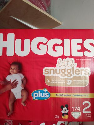 Huggies little snugglers size 2 for Sale in Norwalk, CA
