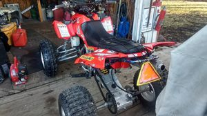 2005 Suzuki ltz400 w/ big bore kit, new raceing cluches for Sale in Plattsburg, MO