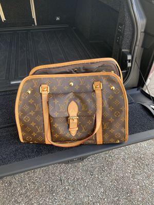 Louis Vuitton pet bag for Sale in Orlando, FL
