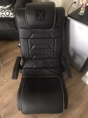 Orenn Ellis wireless video gaming chair for Sale in Escalon, CA