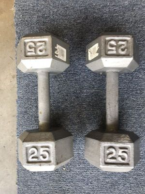 25 Pound HEX Dumbbell for Sale in Medford, MA