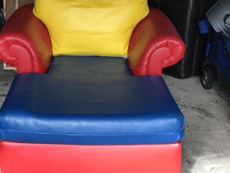 Lounge chair for Sale in Manhasset,  NY