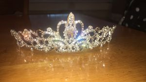 Tiara or crown for Sale in Modesto, CA