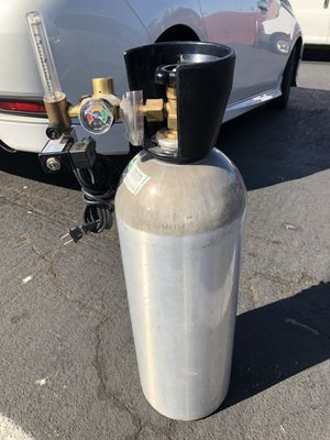 20 lbs co2 aluminum tank with regulator for Sale in Perris, CA