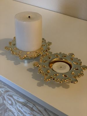 Cute golden snowflake tea light and other candle holder for Sale in Corona, CA