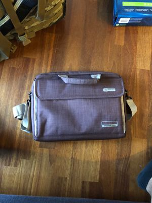 Brinch Laptop Bag (13-13.3 In) - Color Brown-ish/Red-ish for Sale in Tacoma, WA