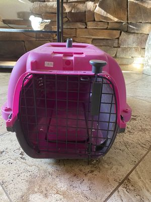 New animal crate medium size for Sale in Chandler, AZ