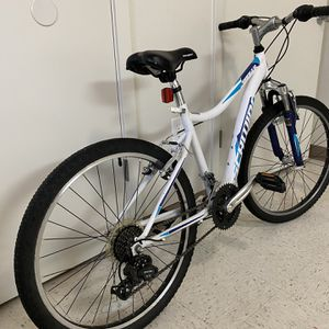 Schwinn Radger Kids Bike 24 for Sale in Tacoma, WA