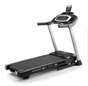 NordicTrack C 500 Folding Treadmill, iFit Coach Compatible. Comes new in box. $400 FIRM for Sale in Redlands, CA
