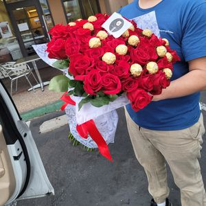 100 Roses for Sale in Chula Vista, CA