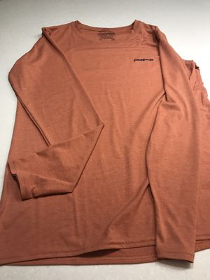 Patagonia Long sleeved shirt size small women's for Sale in Natick, MA