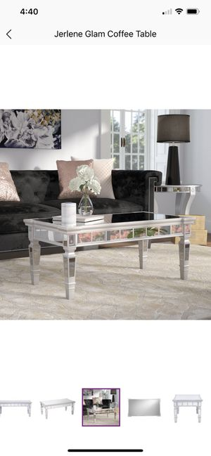 Brand new, Never Open/Used Jerlene Mirrored Coffee Table for Sale in Lynnwood, WA