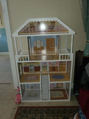 REDUCED!!! 4 1/2FT DOLL HOUSE for Sale in Port St. Lucie, FL