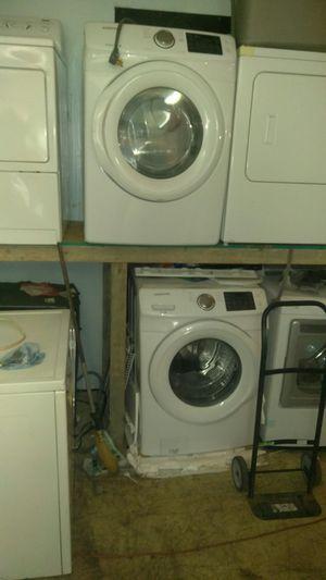 Samsung front loader washer and dryer set for Sale in Cleveland, OH