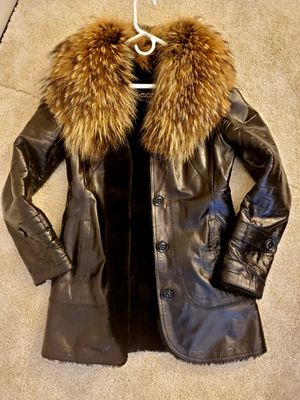 Leather women's jacket size M for Sale in Naperville, IL