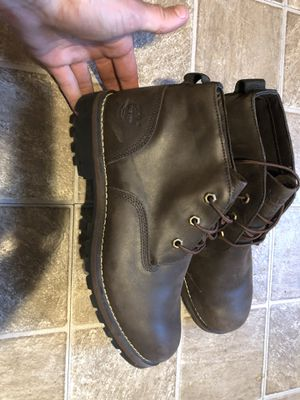 Men's 10.5 timberland boots waterproof for Sale in Denver, CO