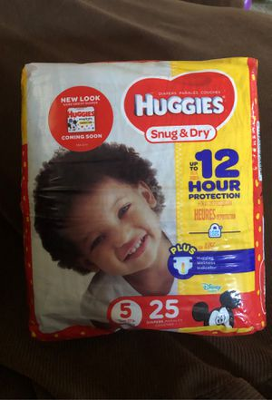 Huggies Size 5 for Sale in Cedar Hill, TX