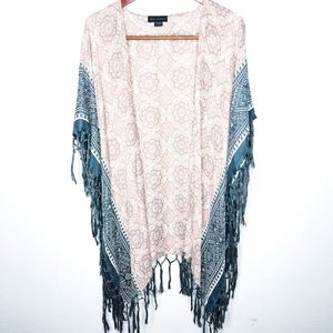 Steve Madden Printed Shawl for Sale in San Jose, CA