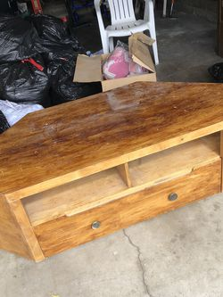 Free Tv Stand! for Sale in City of Industry,  CA