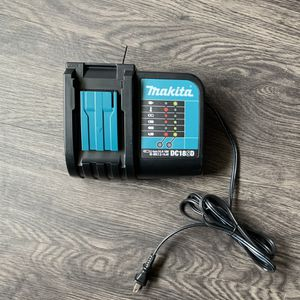 Makita DC18SD 18v Battery Charger for Drills or other Power Tools for Sale in Downey, CA