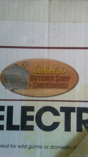 Cabelas Butcher. Shop & Smokehouse Commercial Meat Grinder for Sale in Oroville, CA
