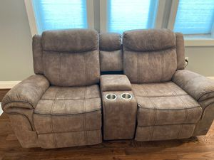2 piece living room set with option to plug in for Sale in Overbrook, WV