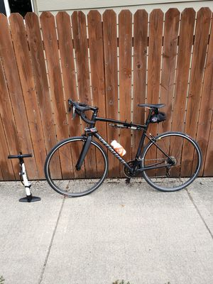 Specialized Bike. Like New. 1,000 dollar set up for 600! for Sale in Vancouver, WA