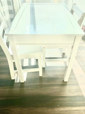 Kids craft table/desk for Sale in Gilbert, AZ