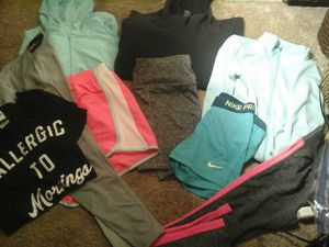 Nike and misc brands workout clothing (lot some new w tags ) for Sale in Tacoma, WA