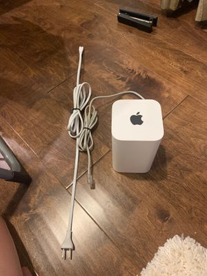 Apple WiFi Router AirPort Extreme for Sale in Irvine, CA