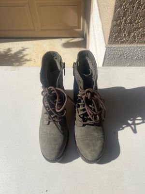 Ugg boots for Sale in Apopka, FL