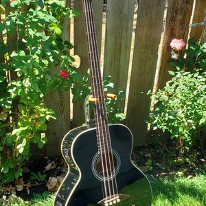 Dean Fretless Acustic Electric 4 String Bass for Sale in Hillsboro, OR