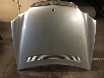 Mercedes C230/240/320 Hood With Assemblies Oem Fits Year 2001-2007 for Sale in Downey,  CA