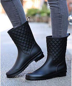 Rain boots for Sale in Gurnee, IL