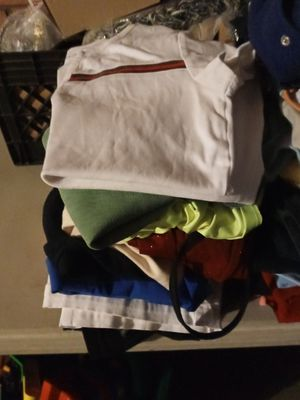 Woman clothing lot s to plus size over 25p for Sale in Glendale, AZ