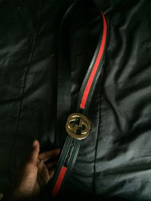 Gucci belt & Louis Vuitton bag for Sale in LRAFB, AR