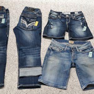 Size 23, 24 Shorts And Capris Big Star, BKE,Vigoss for Sale in Sandy, UT