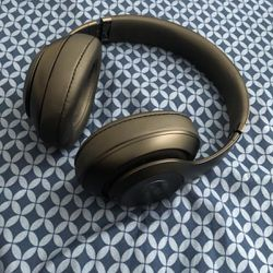 Beats Studio 3 Wireless In Excellent Condition For Sale for Sale in NJ,  US