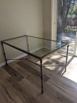 Glass table and chairs free for Sale in Edmonds, WA