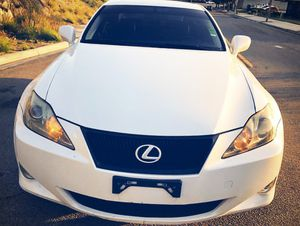 IS 350 LEXUS WHITE for Sale in San Diego, CA