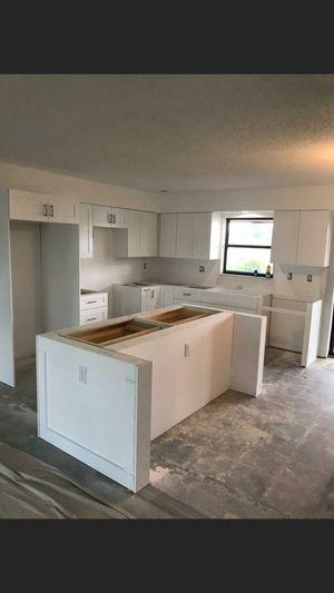 Kitchen Cabinets. for Sale in Miami, FL